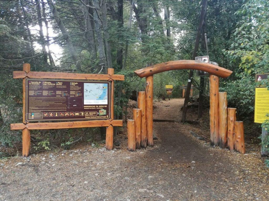 Acceso a la Cascada de los Duendes